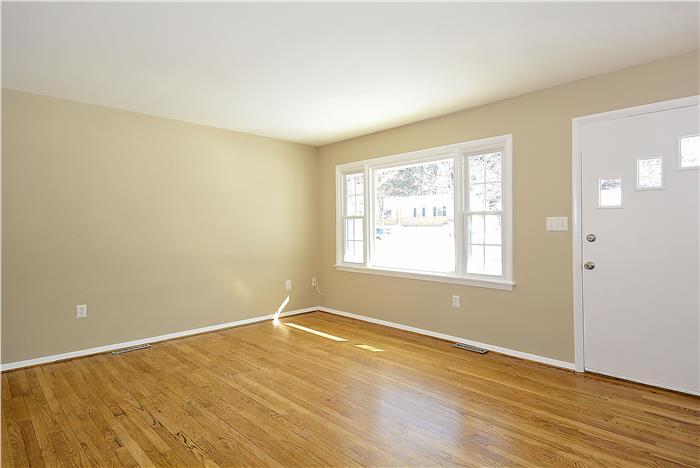 Web_Main Level-Living Room_1