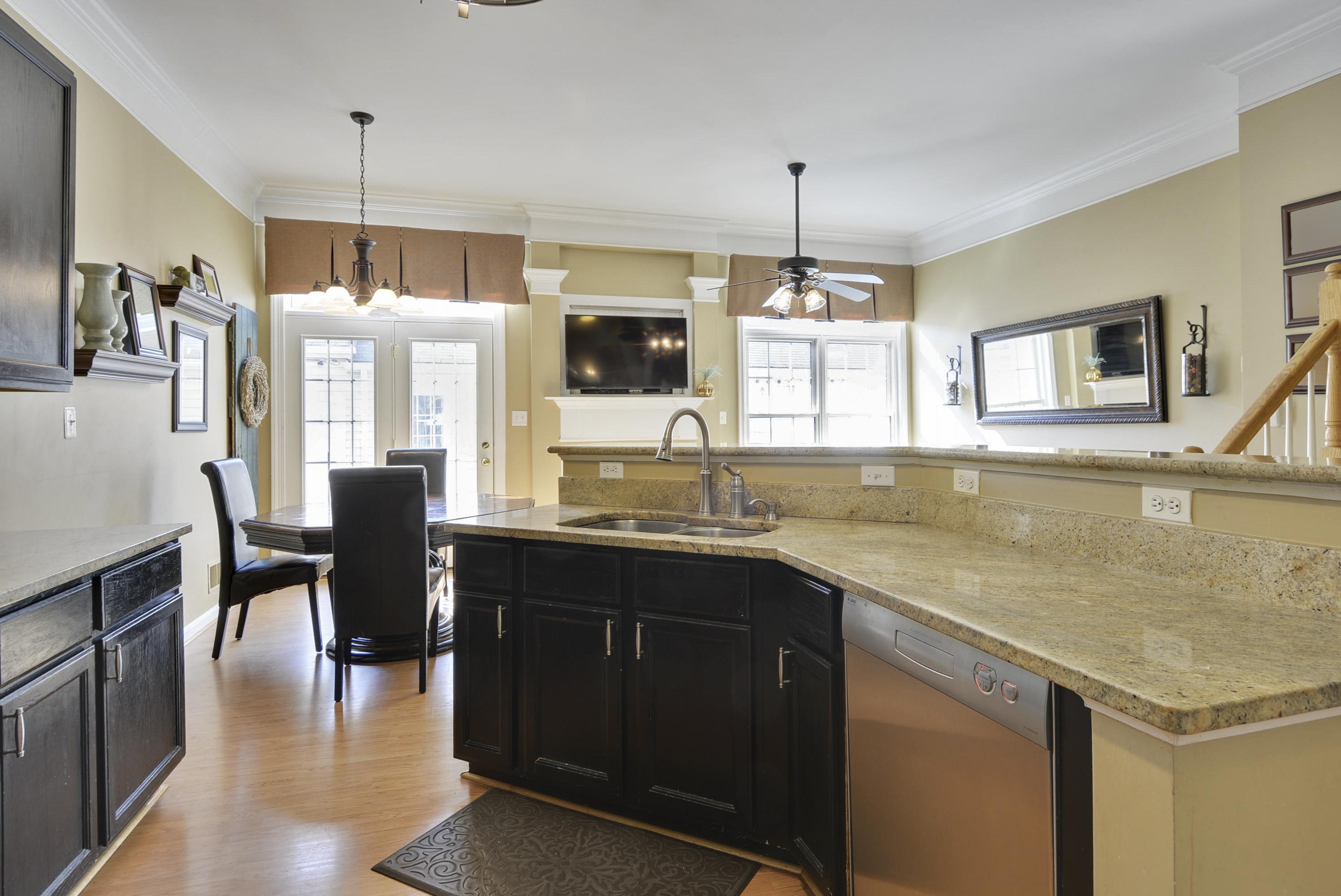 main-level-kitchen-_dsc1500