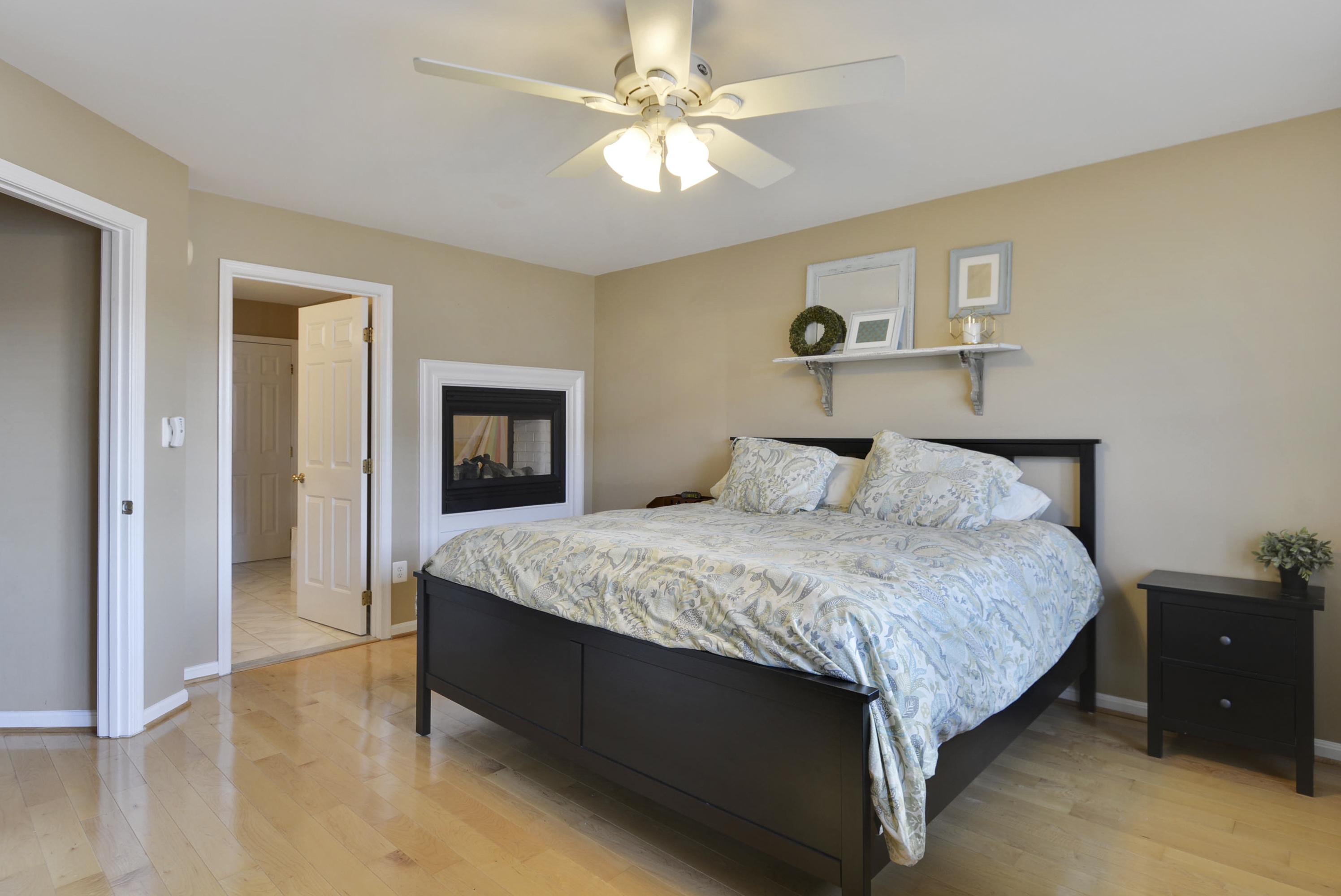 upper-level-1-master-bedroom-_dsc1437