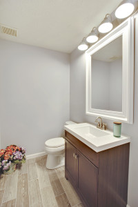 Main Level-Powder Room-MG1268