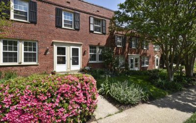 Arlington Village-Updated Townhome
